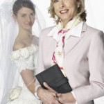 Train Online to Become a Bridal Consultant