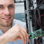 5 Reasons to Earn Your Computer Systems Technician Certificate Online